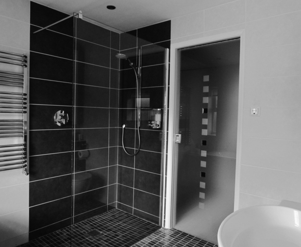 idee deco salle de bain douche italienne. Black Bedroom Furniture Sets. Home Design Ideas